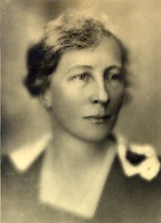 Lillian Moller Gilbreth, 1921.jpg