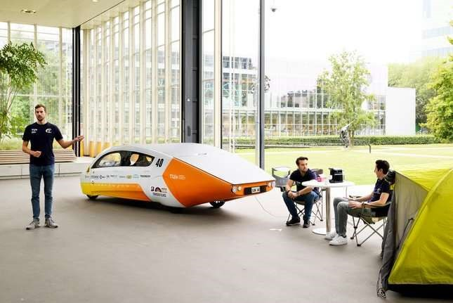 Dutch solar car serves as a battery on wheels