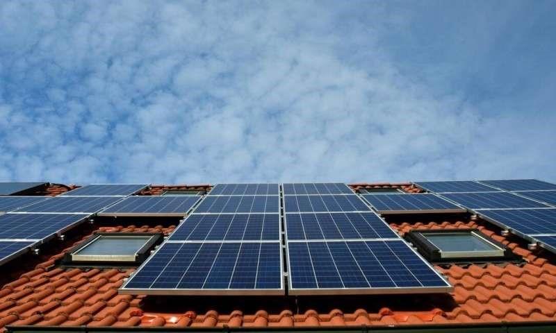 توسعه سلول های خورشیدی ارزان تر و سازگار با محیط زیست